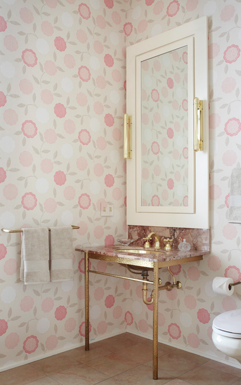 2-lark-linen-wallpaper-bathroom