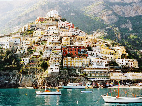 amalfi-coast-hillside-view_28001_600x450
