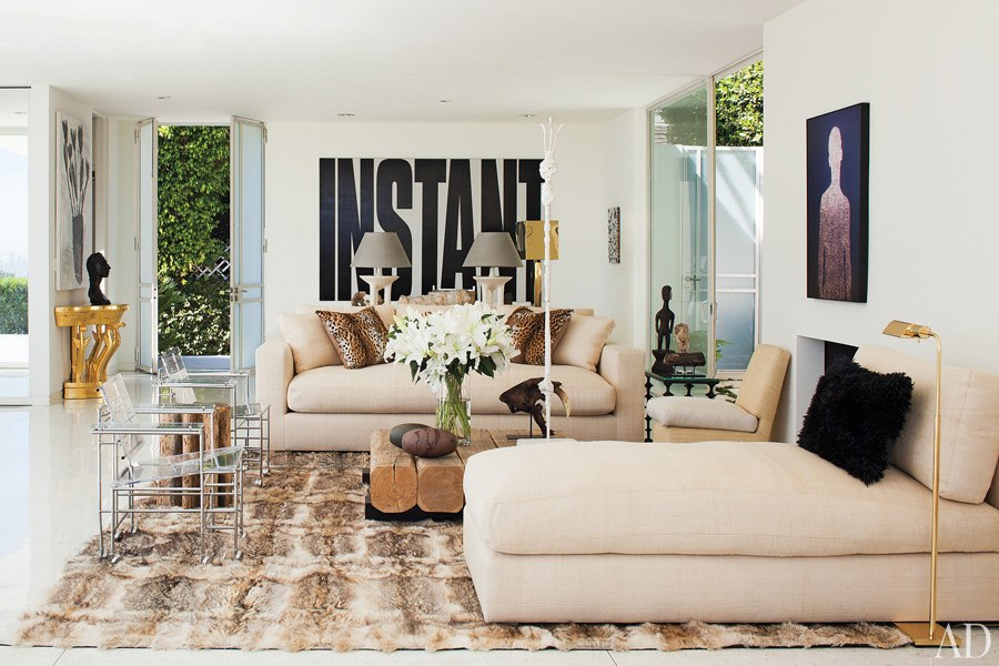 item1.rendition.slideshowWideHorizontal.daniel-romualdez-los-angeles-home-02-living-room