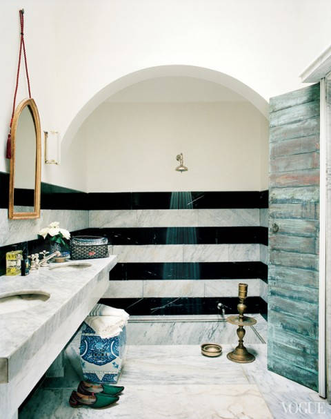 Bruno-Frisoni-Vogue-Moroccan-home-striped-marble-bathroom