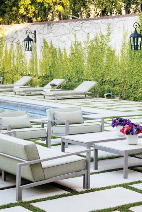california-chic-outdoor-lounge