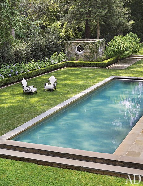 item18.rendition.slideshowWideVertical.suzanne-kasler-atlanta-house-19-pool
