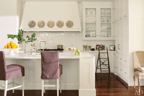 item4.rendition.slideshowWideHorizontal.suzanne-kasler-atlanta-house-05-kitchen