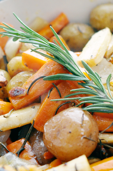 simple-rosemary-roasted-veggies_4