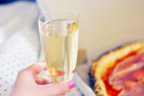pizza-and-champagne