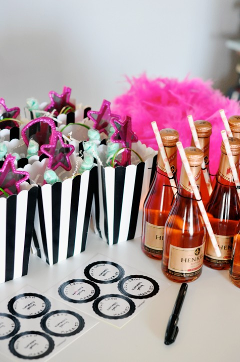 bachelorette-survival-kits