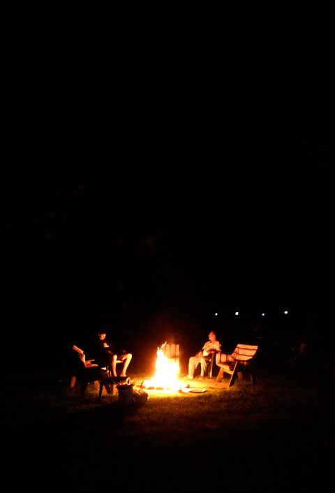 cottage_campfire