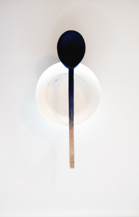 dyed-spoon
