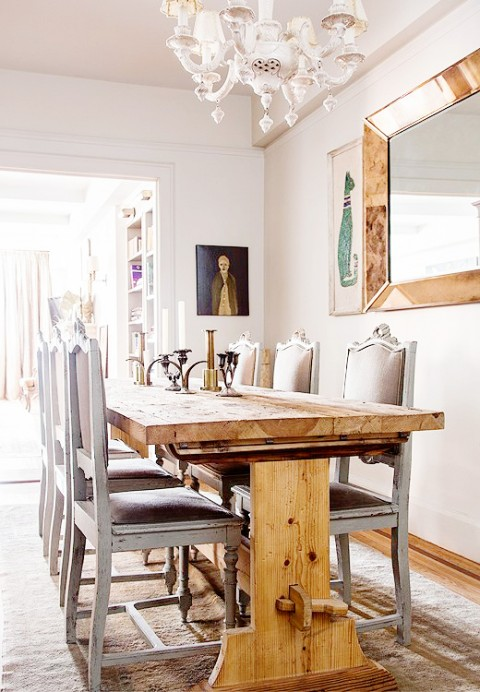 Traditional meets rustic dining room