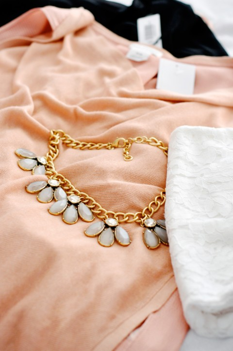 Statement necklace & lace | Lark & Linen