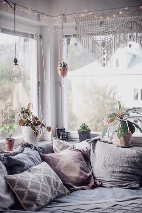 The coziest nook that ever nooked