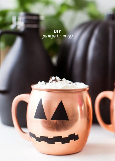 DIY pumpkin mugs