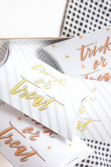 DIY Halloween treat boxes (a free printable!) | coco and mingo for Lark & Linen