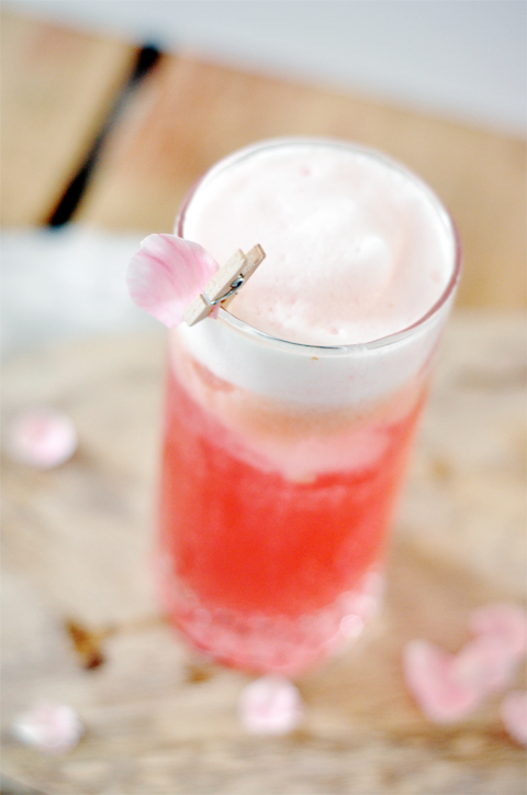 Raspberry rose fizz cocktail