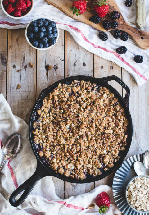 Oatmeal Cookie Berry Crisp-06