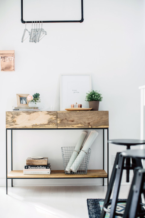 Simple office vignette