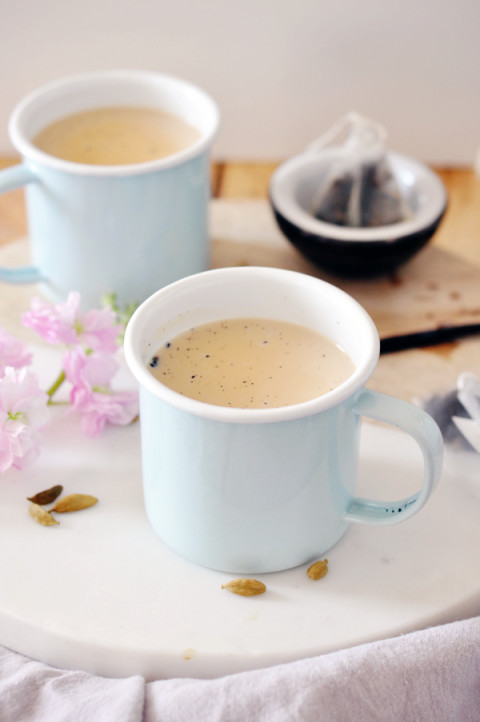 Spiced earl grey tea latte