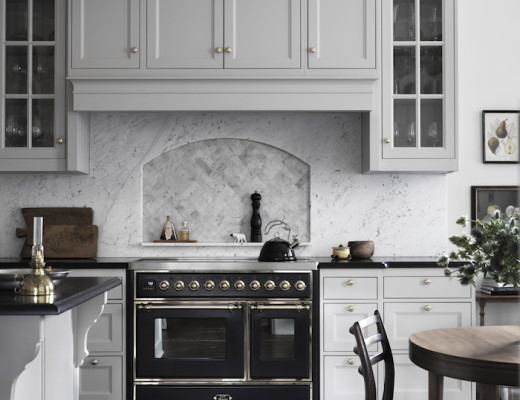 marble-backsplash-photo-marcus-lawett