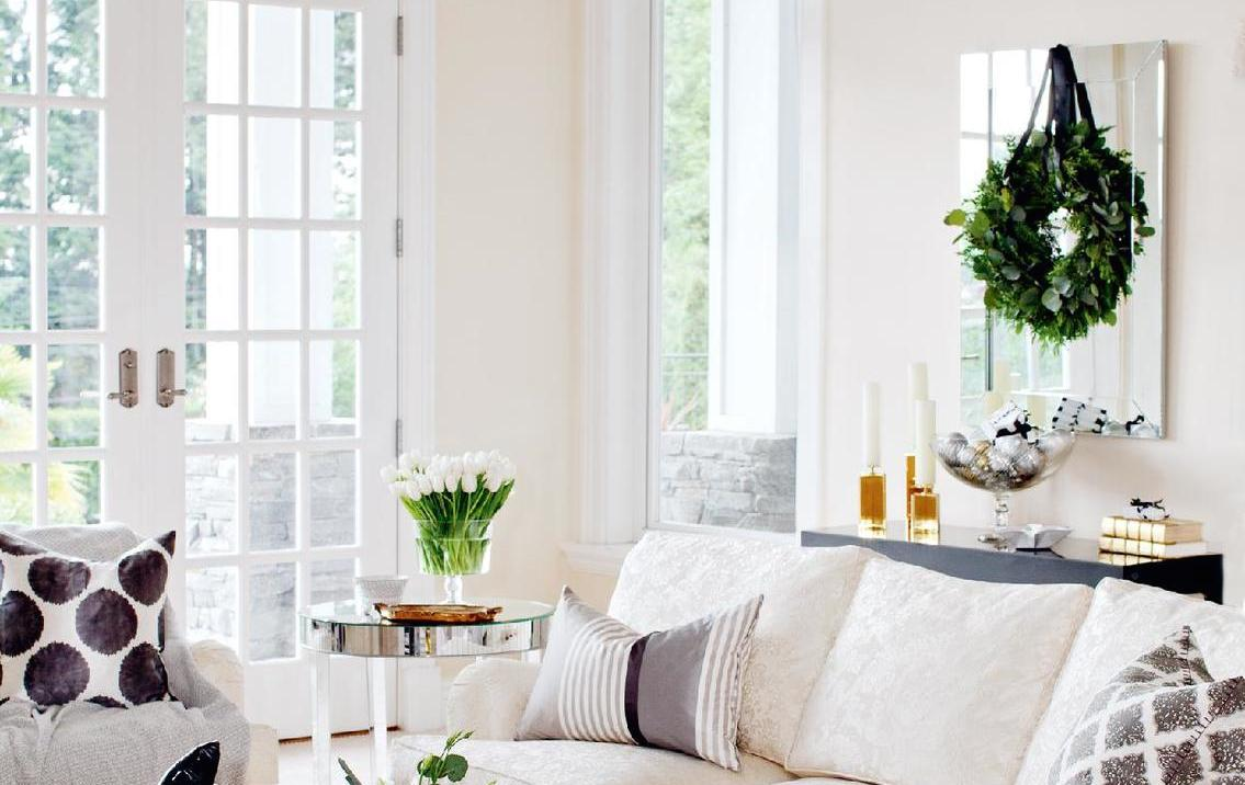 Michael Bublé\'s Christmas Home Tour | lark & linen