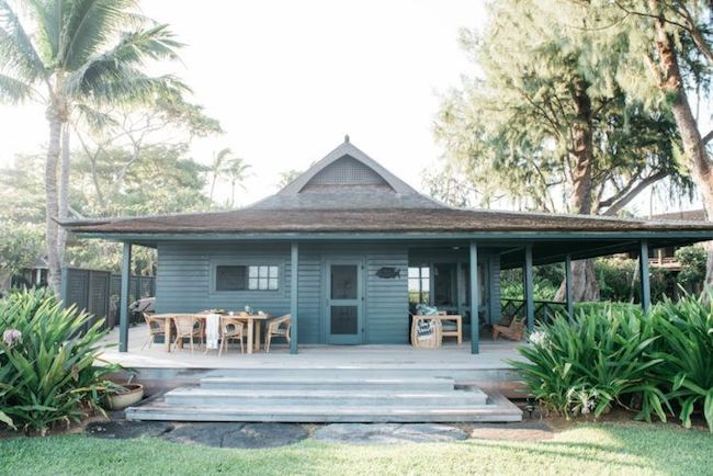 Outdoor hawaii cottage