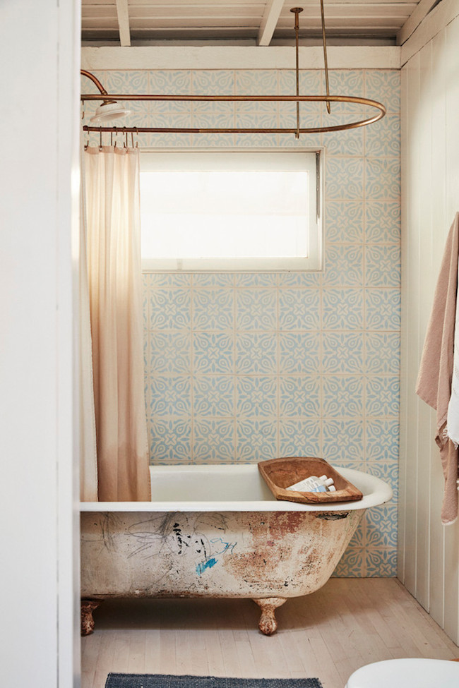blue-and-taupe-bathroom